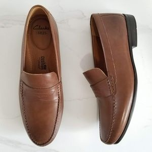 Clarks Slip-On Cushion Brown Leather Penny Loafers